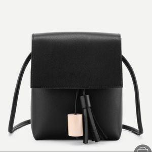 Black crossbody bag ❤️